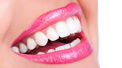 Maquillage bio et naturel pour les lèvres - Rouge à lèvres et crayon